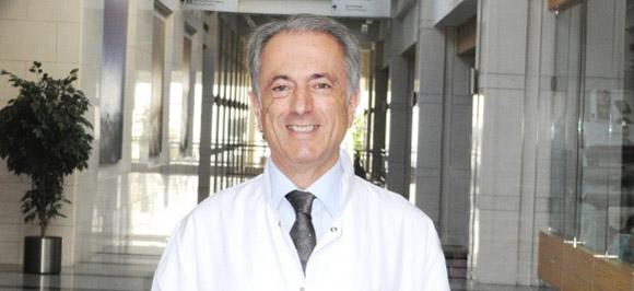 Н. Ялчън Илкер | Медицински директор