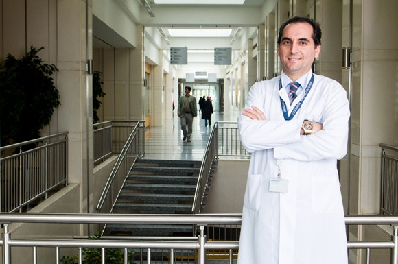 доц. д-р Енес Мурат Атасою
