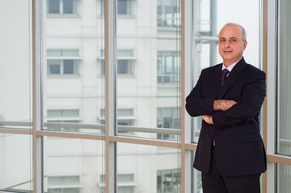 проф.  Ахмет Кирал